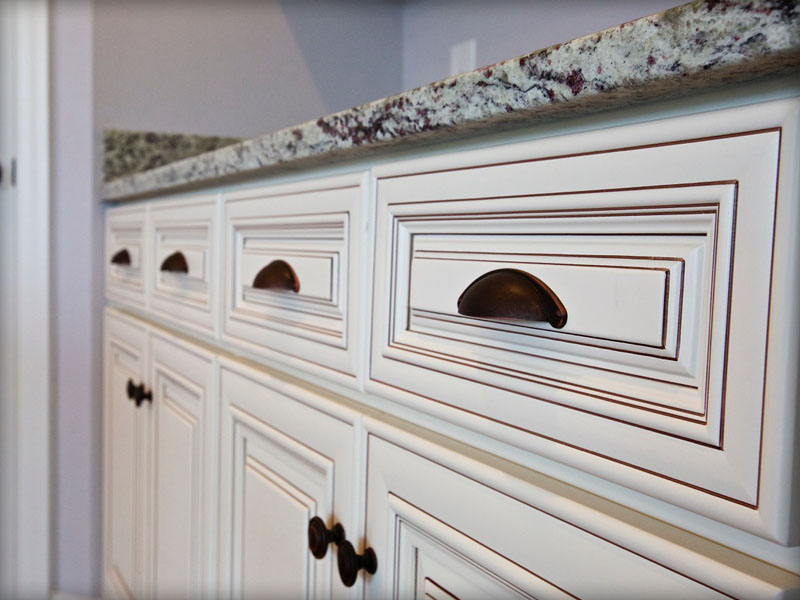 Charleston Antique White Kitchen Cabinet Thecabinetbarn